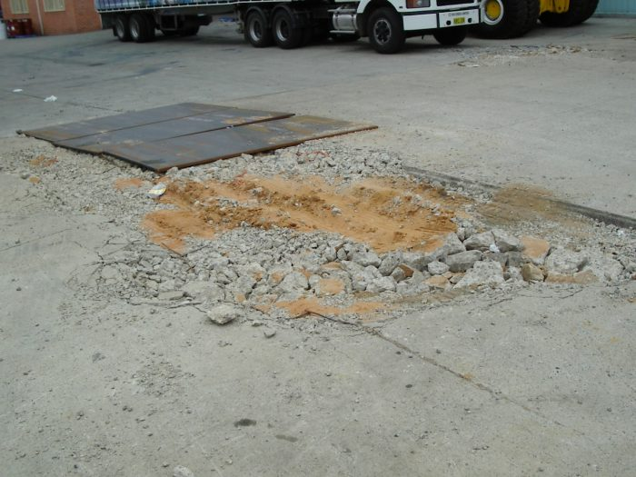 Damage done to the average industrial yard by a reachstacker weight